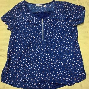 Navy & pink star design blouse & neckline zipper.